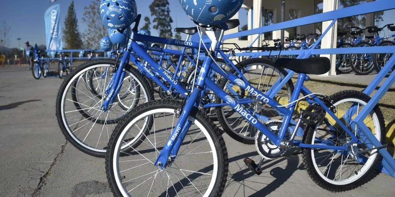 Banco Macro donó bicicletas nuevas al Parque del Bicentenario