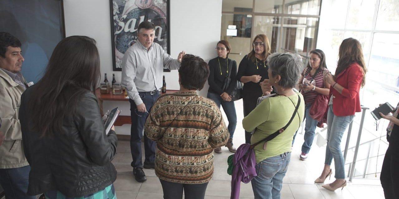 Cerveza Salta abrió las puertas de su planta a autoridades provinciales y municipales.